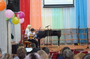 Отчетный концерт отделения народных инструментов 2017г04