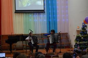 Отчетный концерт отделения народных инструментов 2017г12