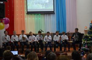 Отчетный концерт отделения народных инструментов 2017г13